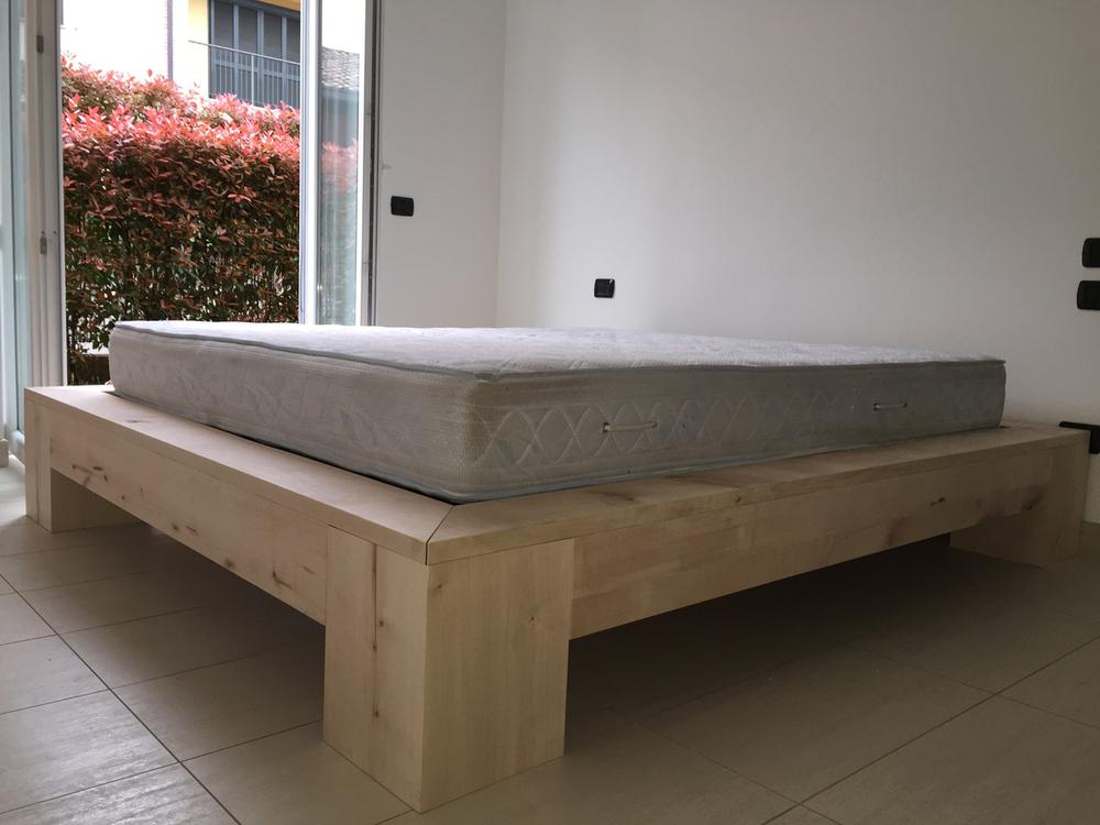 Arredamento su misura roncoroni legno for Arredamento thailandese