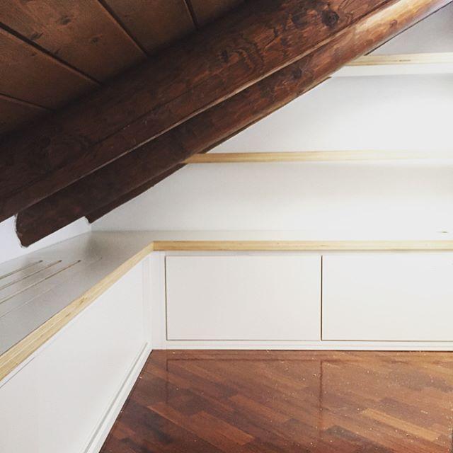 Roncoroni legno arredamento su misura serramenti porte - Ristrutturazione mobili legno ...